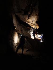 Cueva Fresca - Luces en la sombra