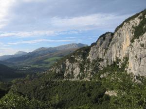 Entorno escuela de escalada de Ramales
