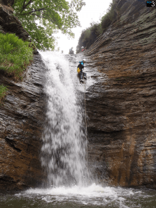 Barranco Chorretones - Rapel con cascada