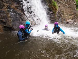 Jornada Iniciación Alto Asón - Cascada final | Chorretones