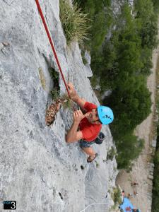 Vías de escalada deportiva hasta 35 metros de altura